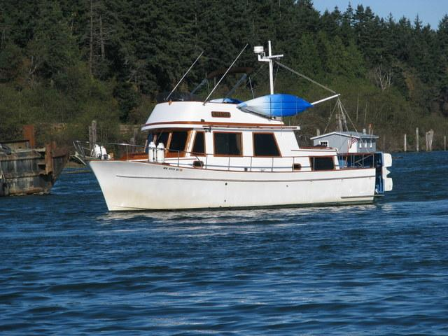 34 ft 1977 chb double cabin