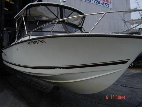1994 Albemarle 24 Cuddy Express