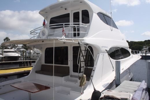 2011 Hatteras 68 Enclosed Bridge