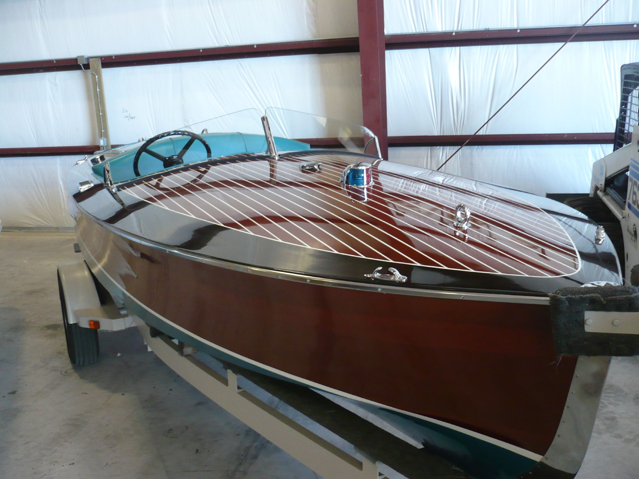 19 ft 2000 vintage marine racer (chris craft runabout replica)
