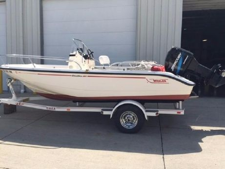 2003 Boston Whaler 180 Dauntless