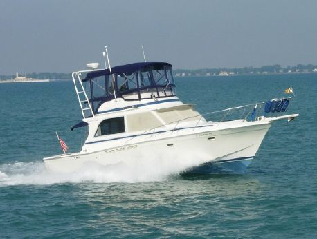 1985 Chris-Craft 382 Commander - D