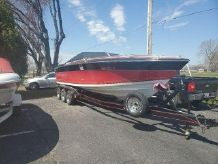 1988 Four Winns 260 Liberator