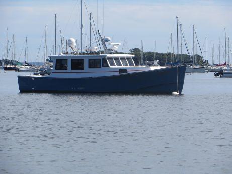 1981 Repco Lobster Boat