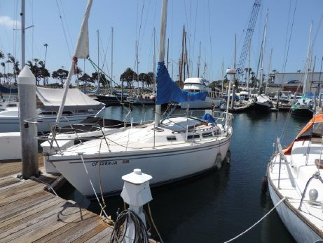 1985 Catalina 30 Sloop