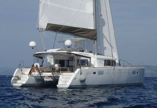 2011 Lagoon 450 Owners Version