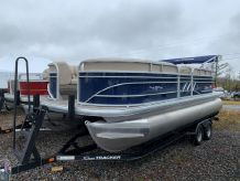2020 Sun Tracker Party Barge 20