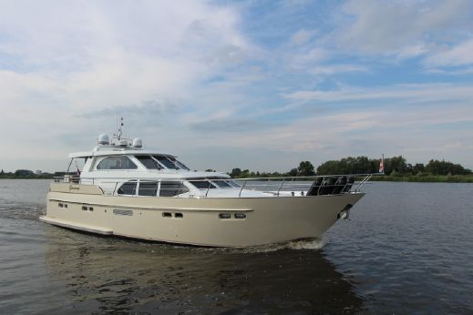 2009 Van Den Hoven Exclusive 1600