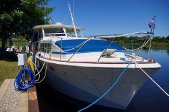 1974 Chris-Craft 410 Commander Yacht