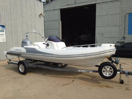 2016 Grand Marine Inflatables Gold Line 500 Series