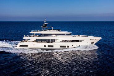 2017 Ferretti Yachts 37.04m Custom Line