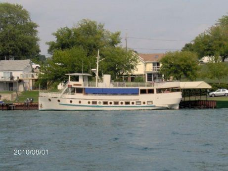 1980 Custom 87' Motoryacht