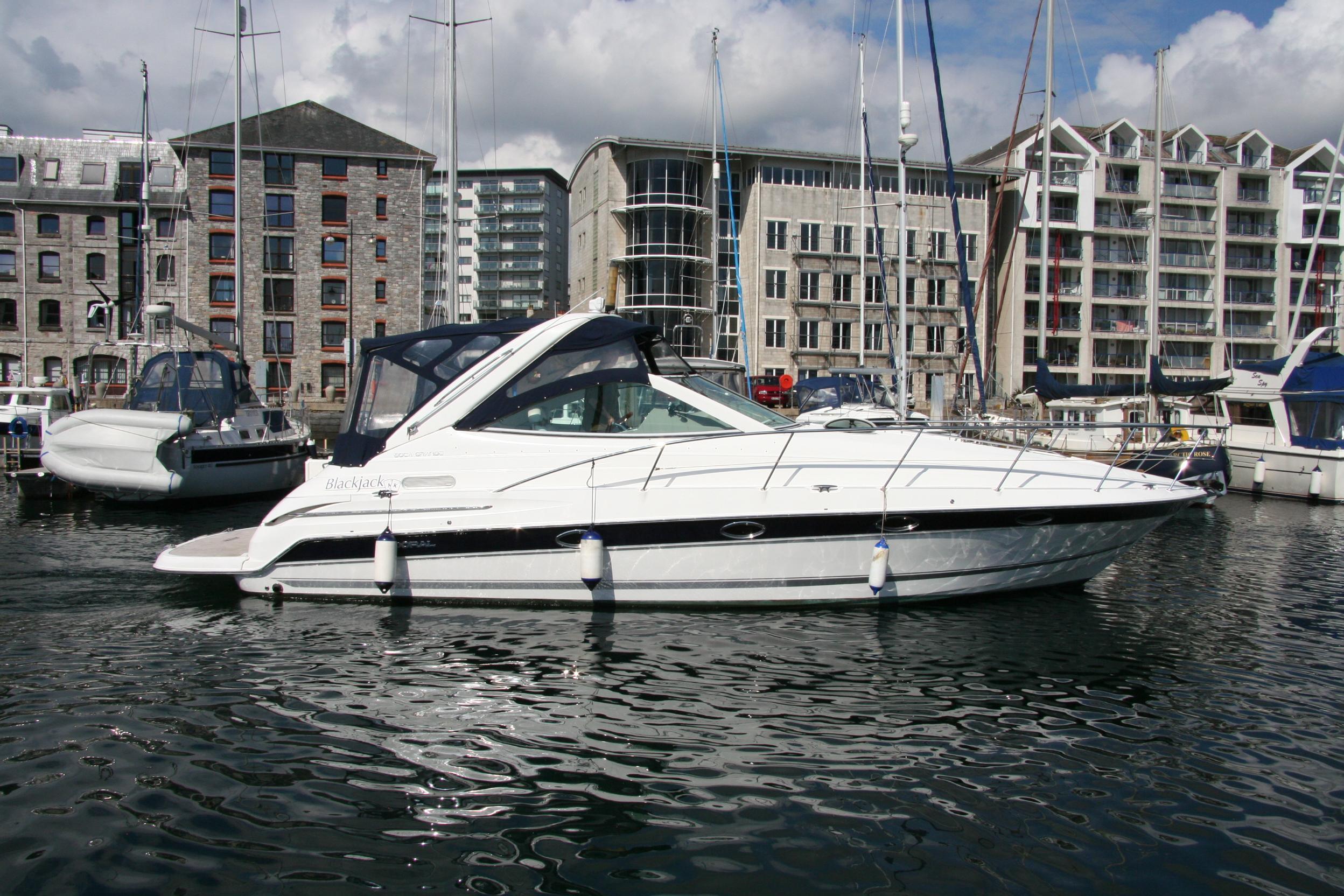 2005 Doral Boca Grande Motor Båt til salgs