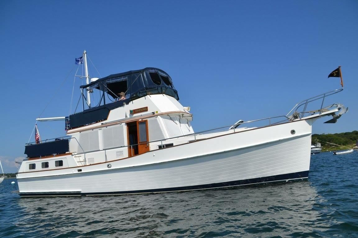 1986 grand banks 42 motor yacht power boat for sale www for Grand banks motor yachts for sale