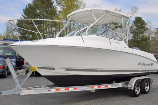 2009 Wellcraft coastal 232