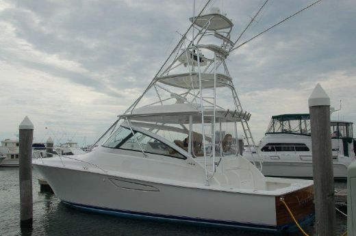 2015 Viking Yachts 42 Open