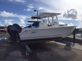 2016 Sea Hunt 234 ultra