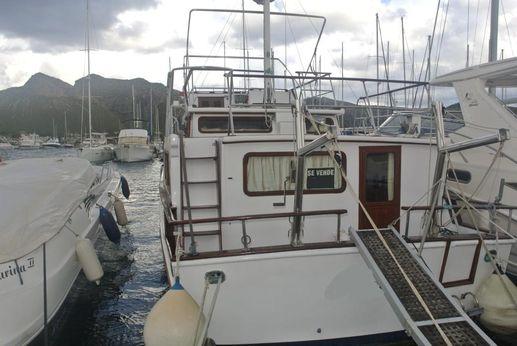 1981 Universal Marine Trawler