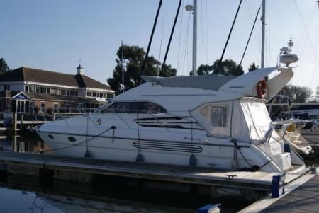 1996 Fairline Phantom 40