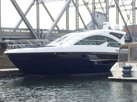 2018 Cruisers Yachts 54CANTIUS
