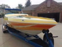 2001 Howard Custom Boats 28 Bullet Closed Bow