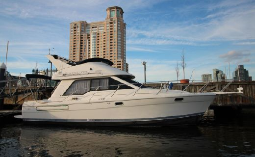 1997 Bayliner 3388 Command Bridge Motoryacht