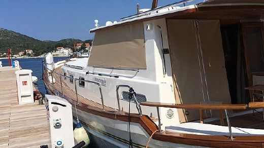 2006 Menorquin 160