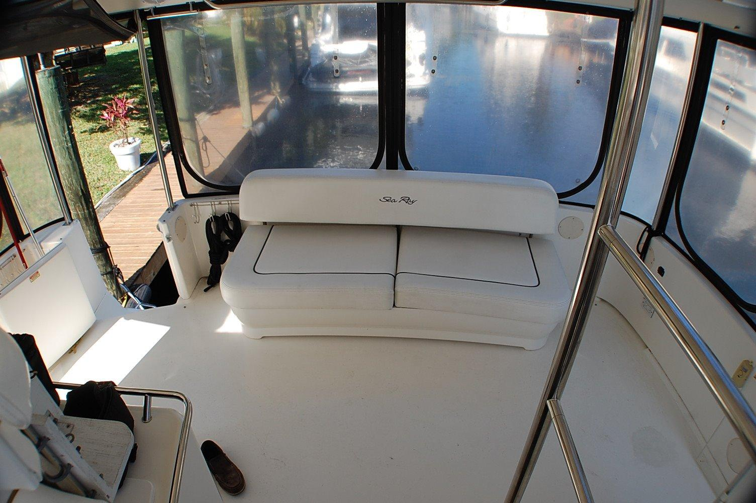 photo of  searay 420 Aft Cabin