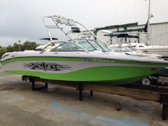 2007 Correct Craft 211 Air Nautique