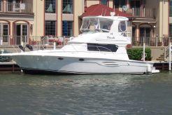 2005 Silverton 42 Convertible