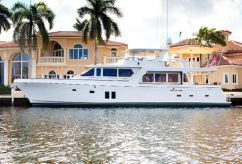 2010 Offshore Yachts Pilothouse