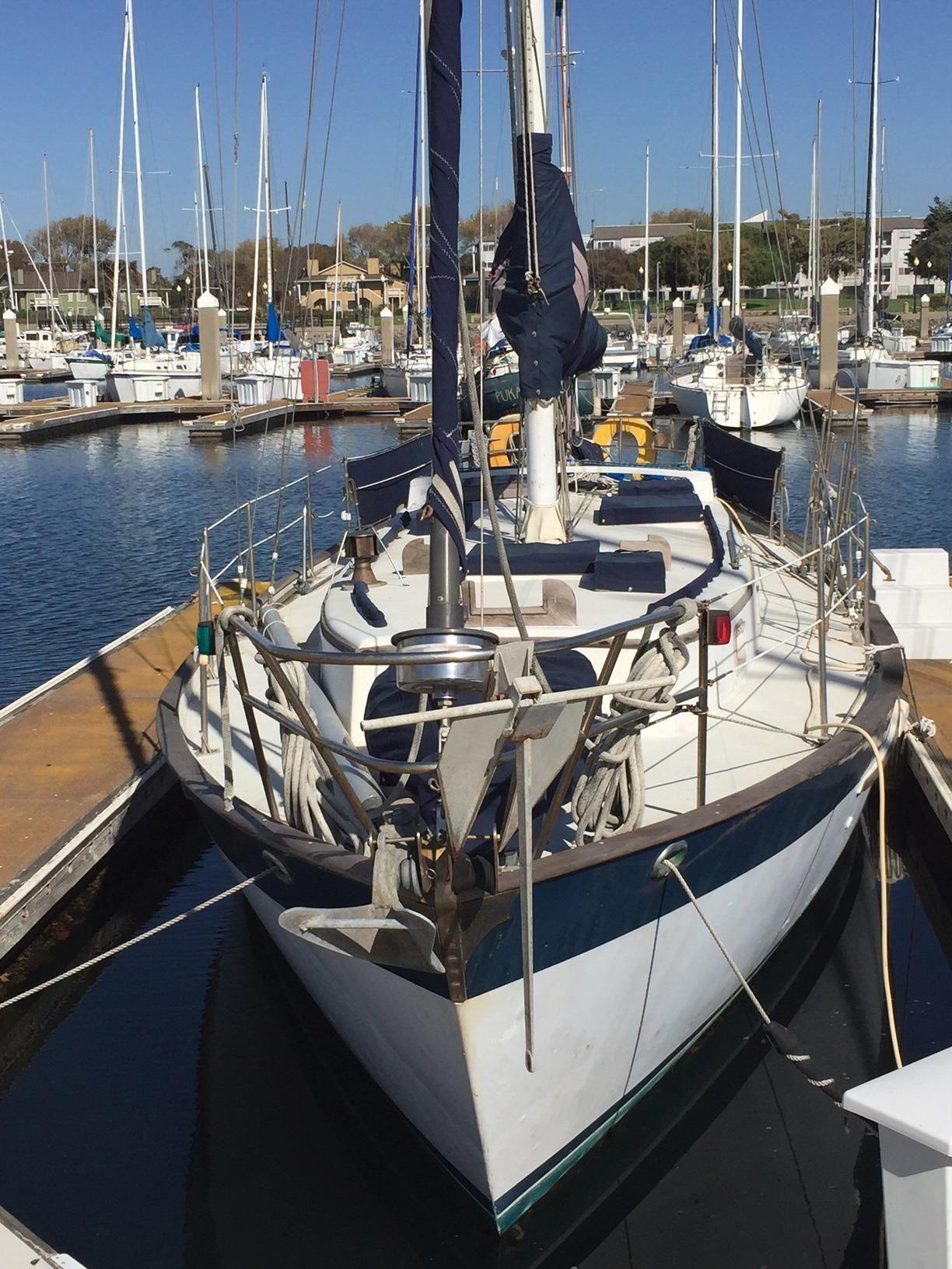 1981 Valiant 40 CT Sailboat Sail Boat For Sale
