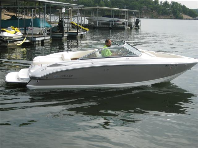 22 ft 2009 cobalt 222