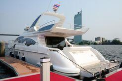 2014 Azimut Flybridge 64