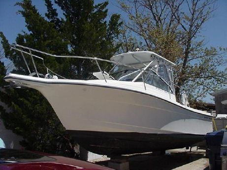 1999 Bayliner Trophy 2352