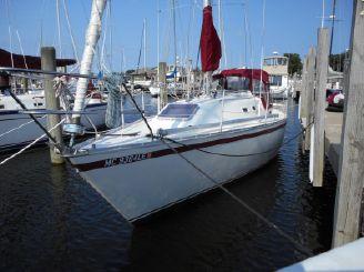 1984 Canadian Sailcraft 33