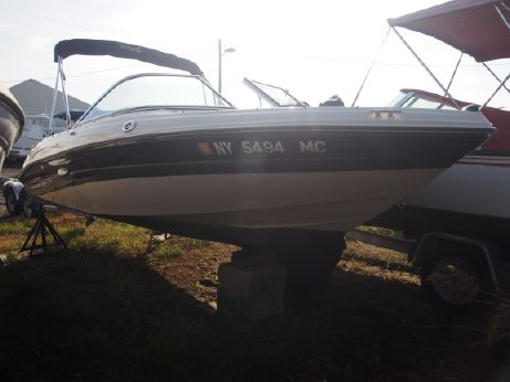 2006 Sea Ray 185 Outboard Sport