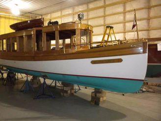 1897 Davis Dry Dock Glass Cabin Launch