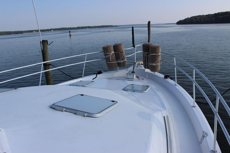 47 Atlantic Motor Vessel: 1998 Mainship 47 Motor Yacht