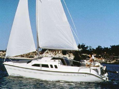 2002 Hunter 240