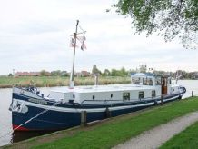 1914 Dutch Barge Living ship