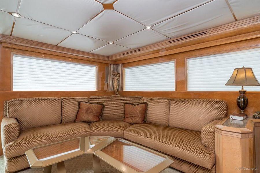 Hatteras 70 Luxury Motor Yacht Salon Settee