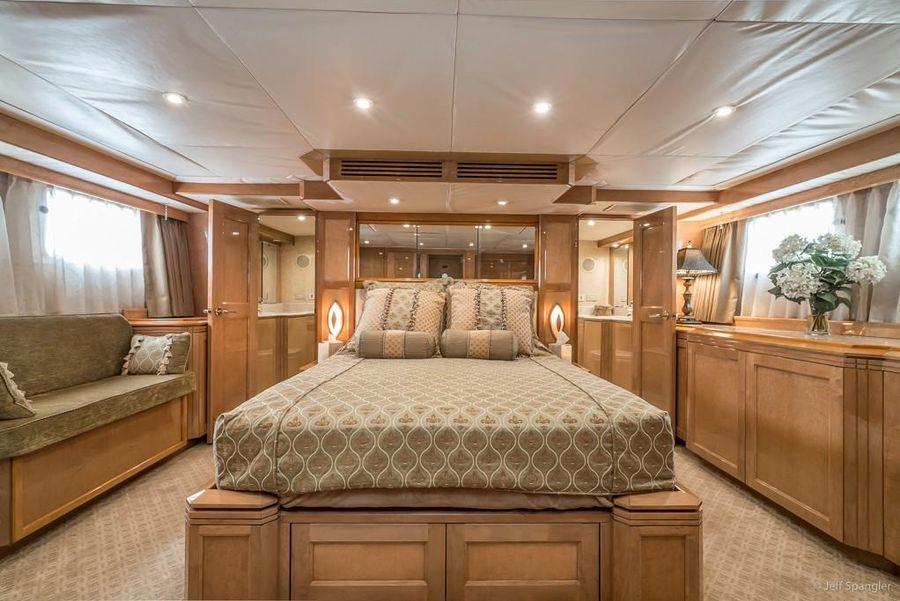 Hatteras 70 Motor Yacht Luxury Master Stateroom