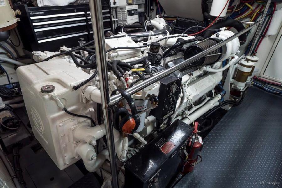 Hatteras 70 Motor Yacht Engine Room