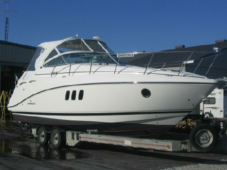 2011 Rinker 360 Express Cruiser