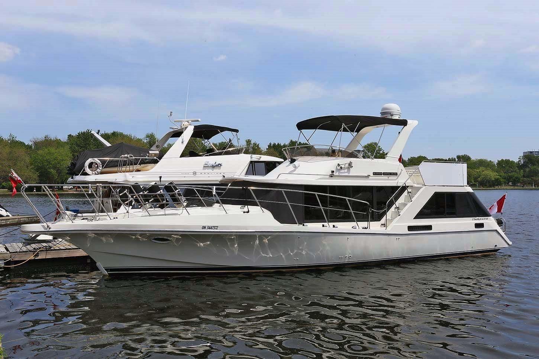 1988 Bluewater Yachts 47 Coastal Cruiser Motor B D Til