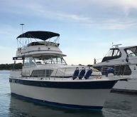 1985 Chris-Craft 410 Commander Motor Yacht