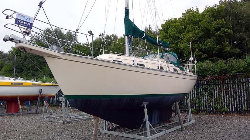Island Packet  Sailboat Review
