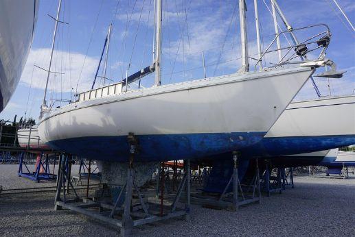 1984 Gibert Marine GIB SEA 105 lifting keel