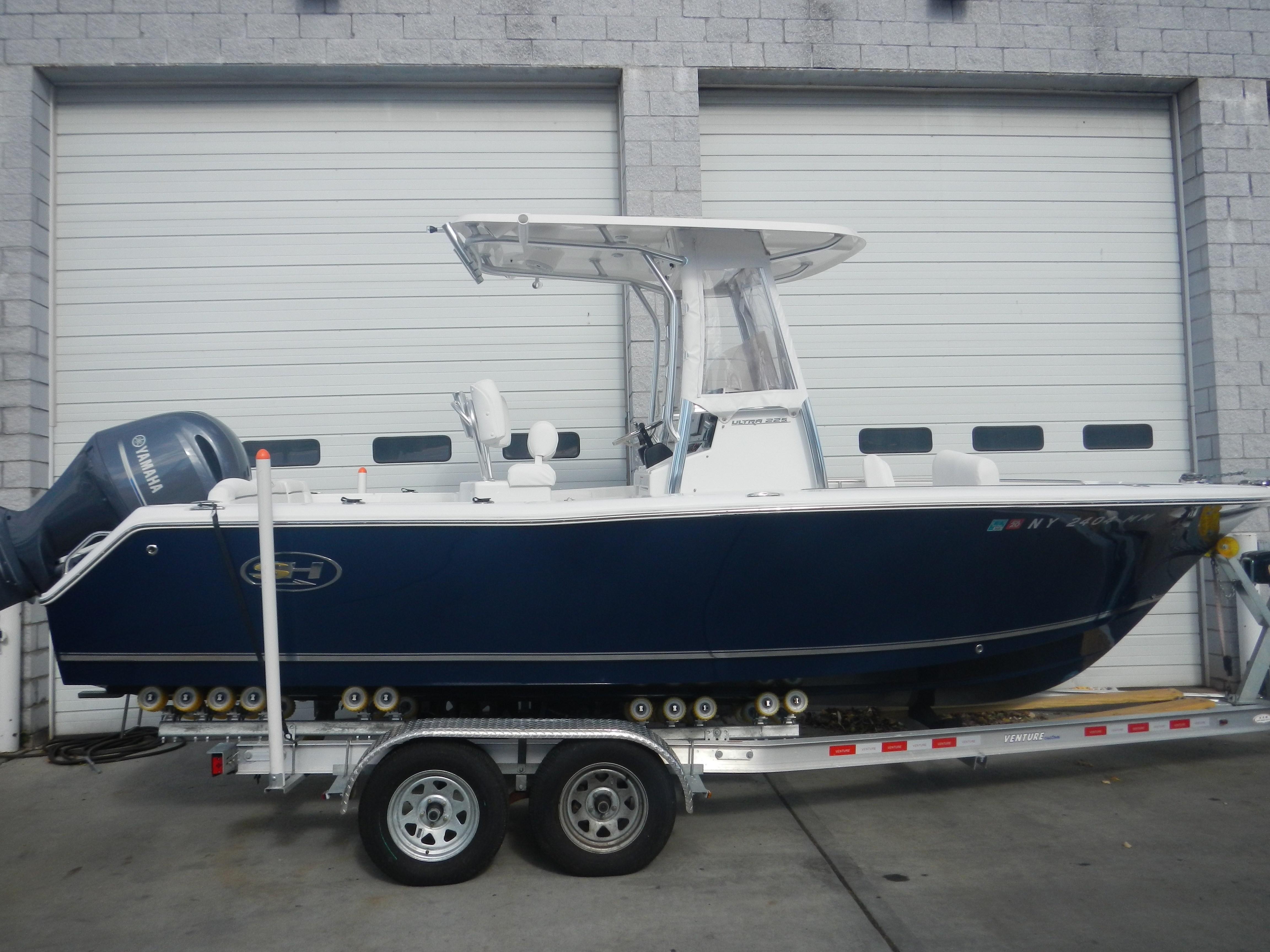 2017 sea hunt 225 ultra motore barca in vendita www for 2017 yamaha 225 outboard
